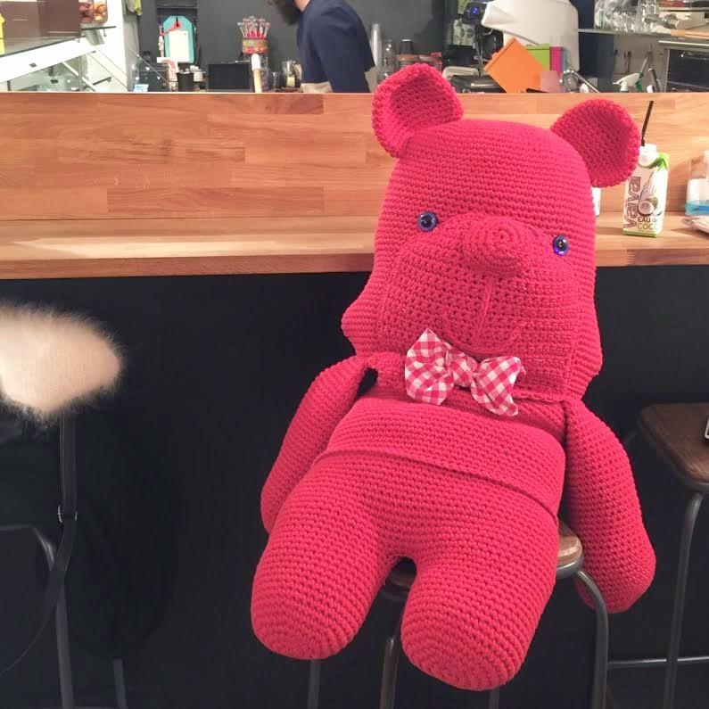 ours géant crochet